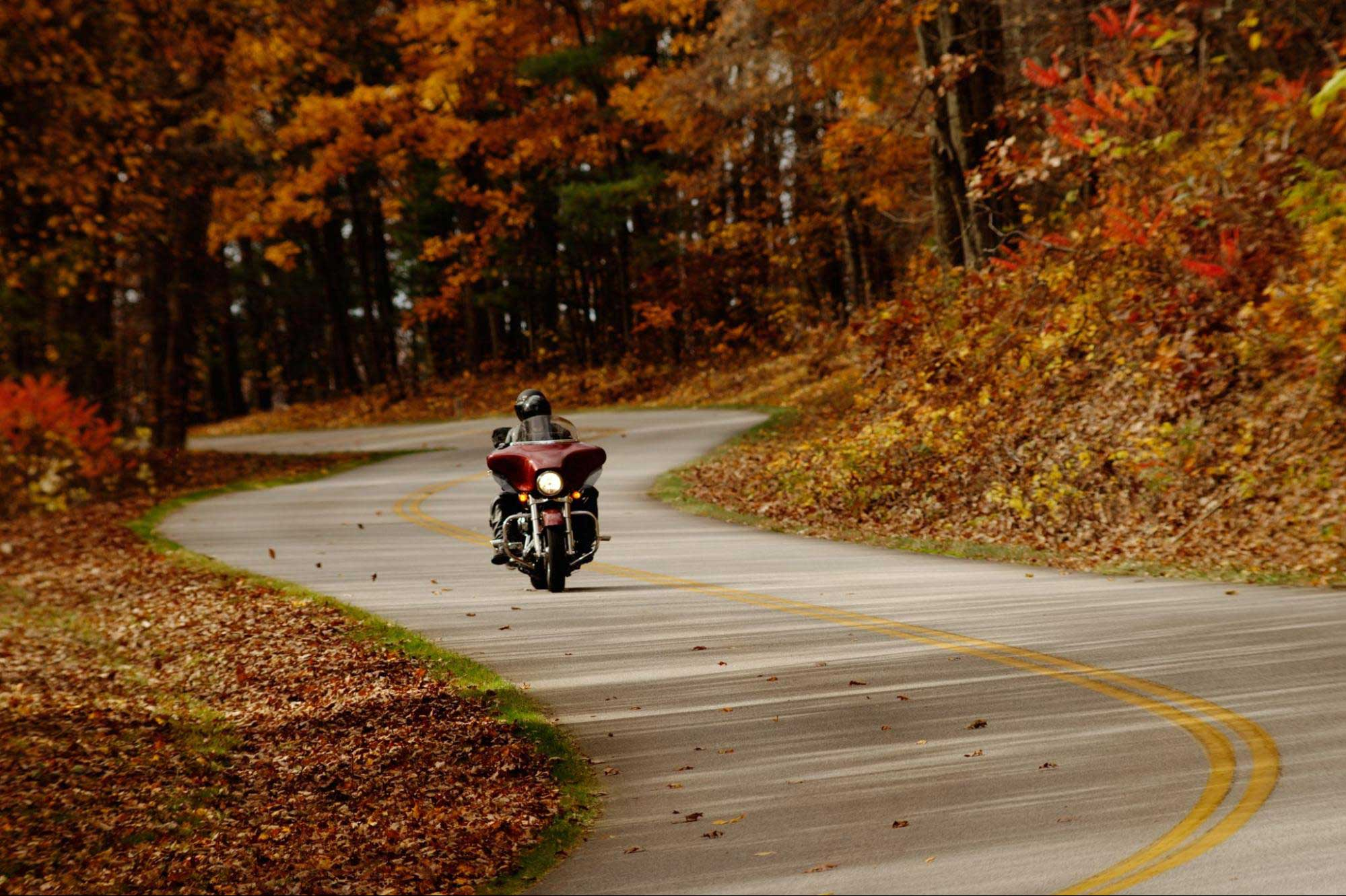 Top Motorcycle Routes from DC for Fall Foliage